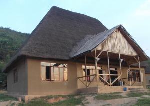 Volunteer Uganda lodge
